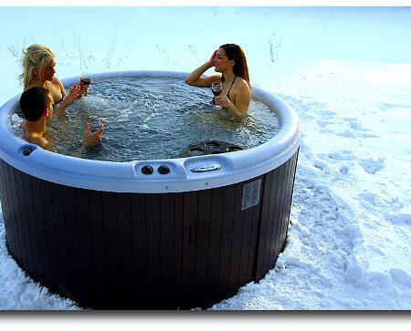 Nordic-Hot-Tubs-model-Warrior-XL-deep-soaking-tub